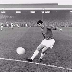 Striker Best in action for United against Arsenal at Highbury in 1964