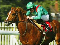 Ryan Moore aboard Linngari at Sandown in 2004