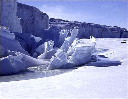 Barnes Glacier, Ross Island.  Image: Glaciers Online/Michael Hambrey