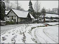 Snow in a park in Tunbridge Wells