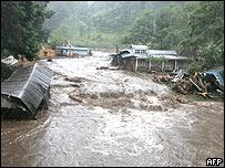 Inundaci�n en Agua Escondida en Guatemala