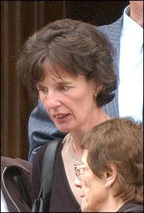Doris Keningale, pictured left