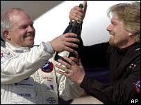 Fossett and Branson celebrate (AP)