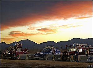 Sun rises at the starting line of the Darpa 2005 Grand Challenge robot race