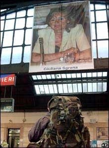 Poster of Giuliana Sgrena at Milano Centrale railway station