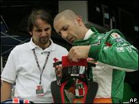 Campe�n de la IRL en 2004, el brasile�o Tony Kanaan