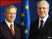 EU Enlargement Commissioner Olli Rehn (left) with Serbian President Boris Tadic
