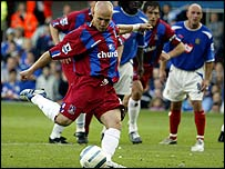 Andy Johnson takes a penalty