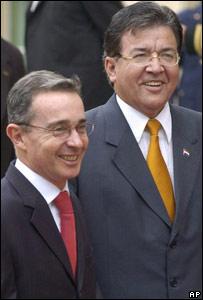 Álvaro Uribe, presidente de Colombia, y Nicanor Duarte, presidente de Paraguay.