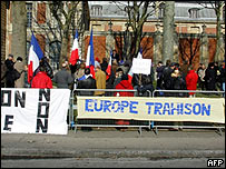 French No campaigners, Versailles, 28 Feb 05