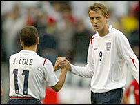 England team-mates Joe Cole and Peter Crouch