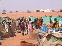 Darfur refugee camp (Pic: Laura Melo/ WFP)