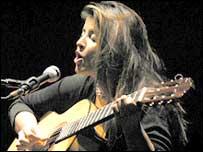 La cantante colombiana Carolina Herrera