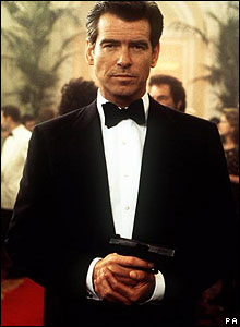 Pierce Brosnan in The World Is Not Enough.