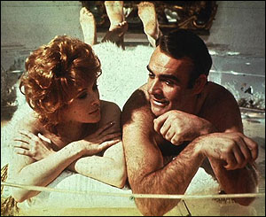 Jill St John and Sean Connery in Diamonds Are Forever
