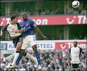 Mido scores for Tottenham