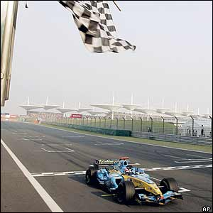 Fernando Alonso wins the China Grand Prix