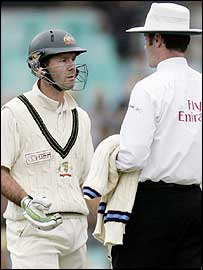 Ricky Ponting questions Simon Taufel's decision to refer an appeal to the third umpire