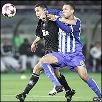 Luis Fabiano (r) in action for FC Porto