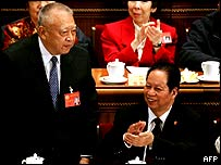 Tung acknowledging the applause after the vote