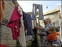 Palestinian home in Ayn Hilwa cap