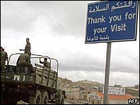 Syrian troops heading towards the frontier in Lebanon's Bekaa Valley