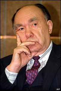 Alexander Yakovlev (1993 photo)