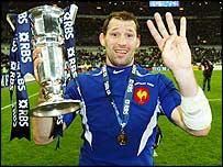 Olivier Magne celebrates France's 2004 Six Nations victory