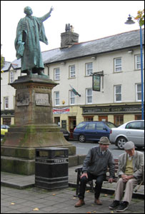 Centre of Bala High Street