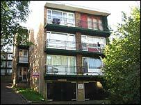 Luton studio flat, RightMove.co.uk