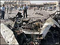 Baghdad car bomb wreackage