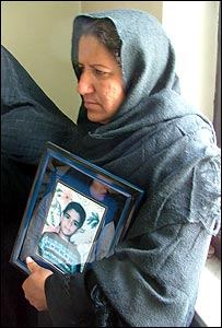 Mother of a murdered child waits for Bijeh's execution