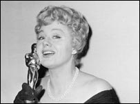 Clutching her Oscar for supporting actress for The Diary of Anne Frank