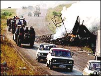 Serb refugees flee Krajina in 1995