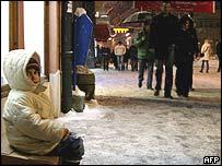 Bosnian child begs in Sarajevo