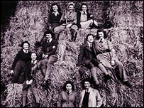Land girls based at Llandaff, Cardiff during the war (picture courtesy Museum of Welsh Life,  St Fagans)