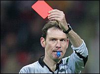 Referee Florian Meyer