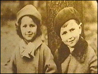 Young Jewish refugees