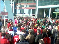 A crowd of fans