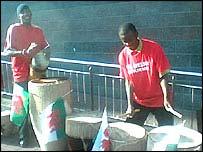 Ugandan drummers
