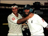 Thorpe and Hussain completed victory in the dark in 2000