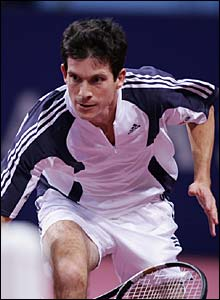 Henman stretches to make another return against the Dunblane teenager