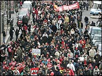 Demonstration in Paris, France, in favour of France 35-hour week