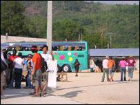 Buses in Khuk Khak