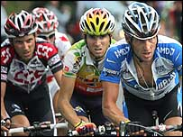 Lance Armstrong (right) with young pretenders Ivan Basso (left) and Alejandro Valverde (centre)