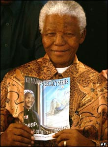 Nelson Mandela at the launch of the comic book