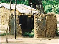 A Anuak house in Gambella, Ethiopia destroyed by soldiers (Copyright: Human Rights Watch)