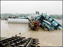 India rail crash scene