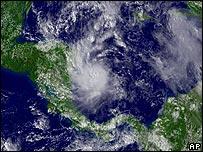 Vista satelital del huracán.