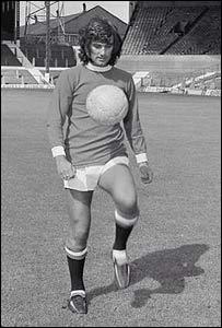 George Best en 1971, a los 25 años de edad.